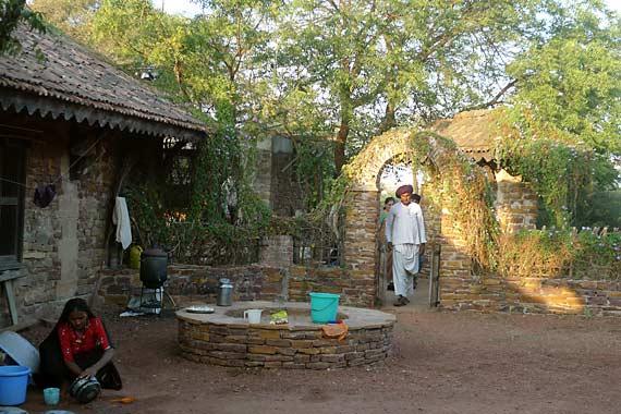Kala-Raksha-school