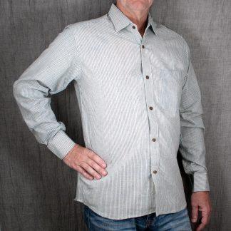 Skjorta från schysst verkstad